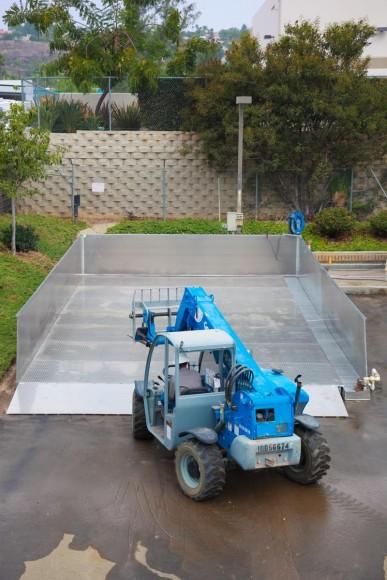 Evans Equipment Wash Pad Installation at HE Equipment Services El Cajon October 23, 2013