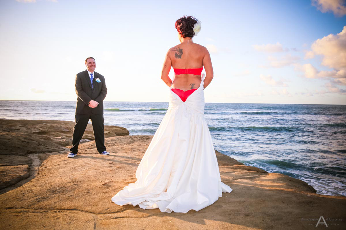 carrie and rob sunset cliffs wedding in san diego