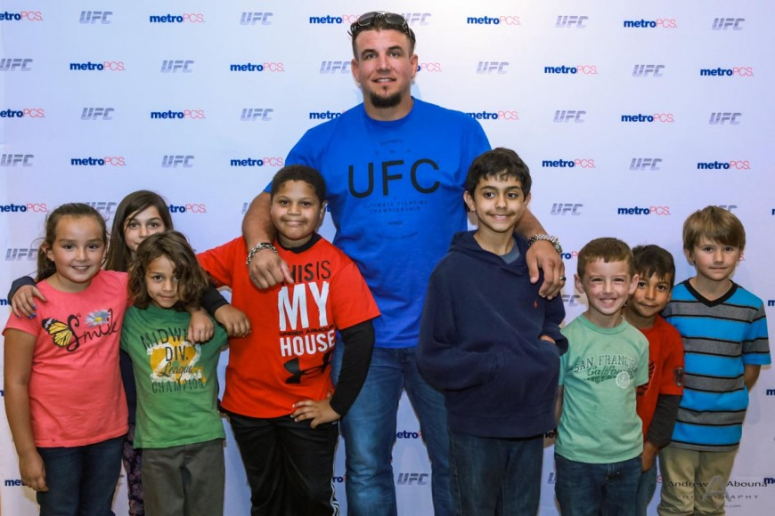 MetroPCS San Diego UFC Champ Frank Mir Xavier the X Man Magic 92.5 Boys and Girls Club by Event Photographer San Diego Andrew Abouna