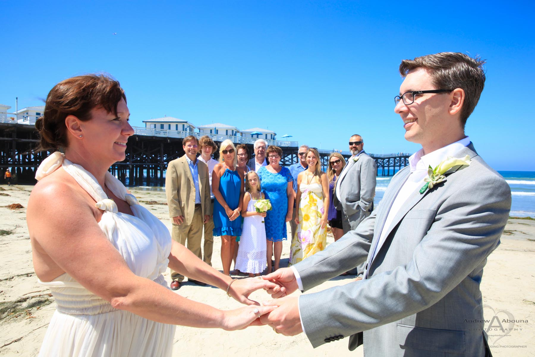 Melissa And Adam Pacific Beach Paradise Point Wedding Photos By Photographers In San Go Andrew Abouna