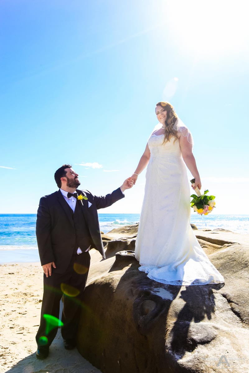 Nicole And Keenan Destination Windansea Beach Wedding La Jolla By Photographer San Go Andrew Abouna
